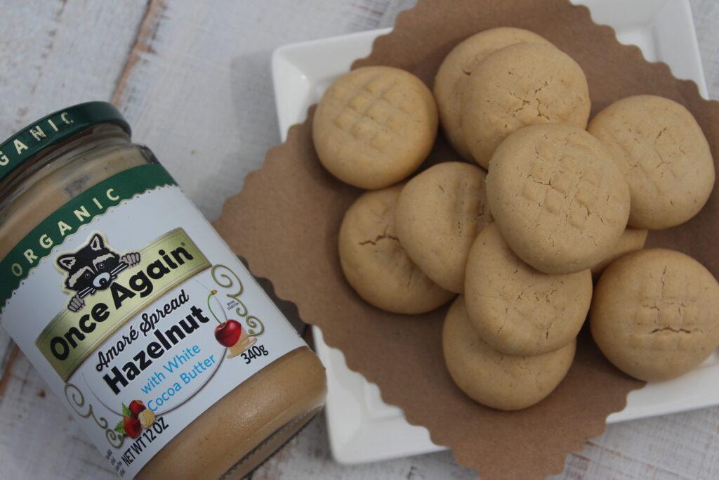 white chocolate hazelnut cookies